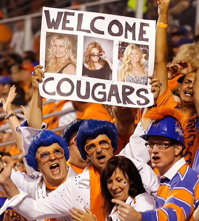 The friendly fans of Boise State welcome the Cougars of BYU to Bronco Stadium. Not sure if they have the right cougars in mind though.