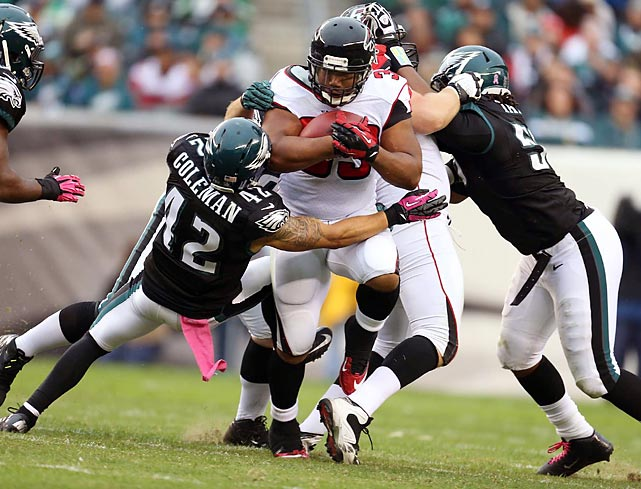 Falcons running back Michael Turner ran for just 58 yards on 24 carries against the Eagles, but Atlanta still won, 30-17.
