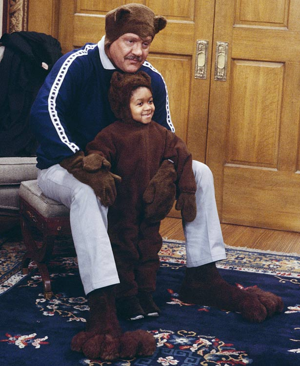 "Alex Karras and Emmanuel Lewis appear in the ""It's Academic"" episode of Webster, which aired on March 22, 1985."
