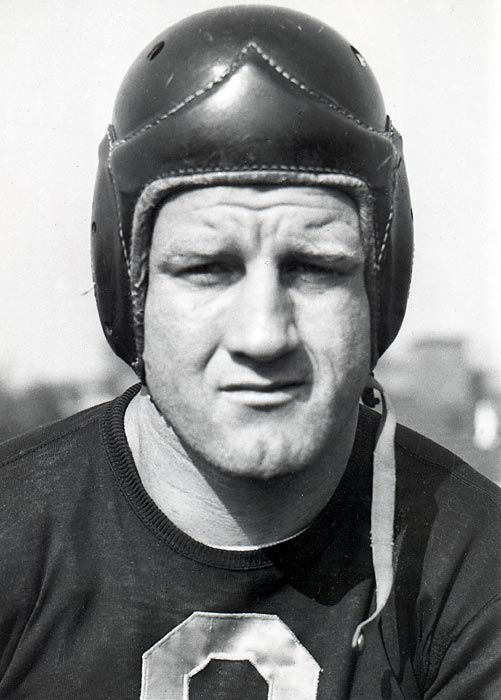 During the back-and-forth NFL Championship game, the Bears are charging down the field against the Giants with little time remaining. Down 21-16, Bears fullback Bronko Nagurski fakes like he is running up the field before tossing a jump pass to Bill Hewitt, who runs before lateraling the ball to Bill Karr, who proceeds to run in for the touchdown. Imagine that to conclude the Super Bowl.