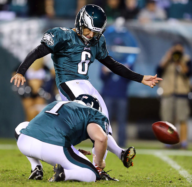 The inability to keep opposing teams off the scoreboard has plagued Detroit this season. In fact, kickers have lined up for a league-high 3.25 field goal attempts per contest against Detroit, which is good news for the Eagles' second-year man, who has made eight of nine attempts this season. Those who need a fill in for Robbie Gould or Garrett Hartley should grab Henery if he's available.