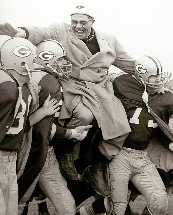 The Lombardi Era begins in earnest as Green Bay batters the New York Giants 37-0 behind a championship game record 19 points from running back/kicker Paul Hornung. It is the first of five world championships in seven seasons for the Packers and the franchise's first since 1944.