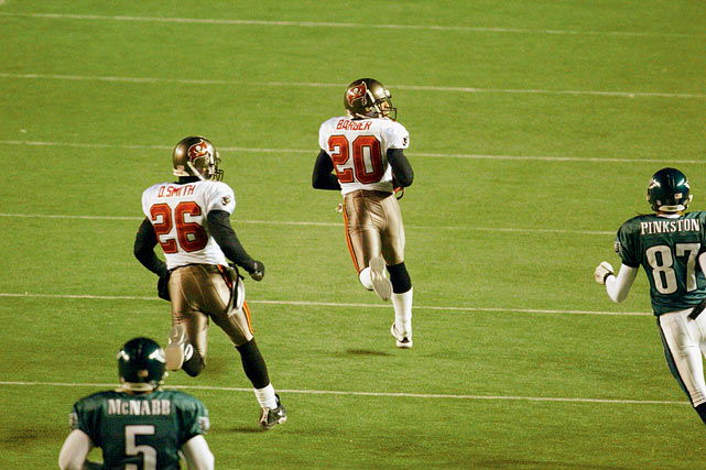The warm-weather Bucs overcome 20-degree weather and a psyched Eagles team playing their final game in Veterans Stadium to upset Philadelphia 27-10 and win their first NFC championship. Monte Kiffin's defense forces three turnovers, including Ronde Barber's 92-yard fourth-quarter interception return for a TD that seals the game. Brad Johnson passes for 259 yards and a TD to Keyshawn Johnson.