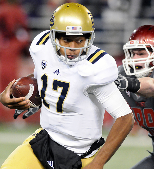 UCLA rode a 30-point second quarter and held off a late Washington State rally. UCLA quarterback Brett Hundley was 18-for-21 with three touchdowns. The Bruins (8-2, 5-2 Pac-12) are in first place in the Pac-12 South with only USC remaining on the schedule.
