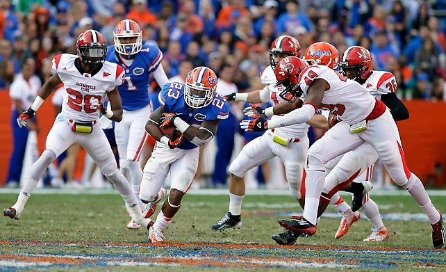 Florida struggled on offense once again, but managed to avoid the same scare it suffered last week against Louisiana-Lafayette. Mike Gillislee (pictured) scored the Gators' only offensive touchdown of the day, but Florida also scored on a Jonathan Bostic interception return in the third quarter and added three Caleb Sturgis field goals. Backup quarterback Jacoby Brissett competed 14-of-22 passes for 154 yards and zero touchdowns in relief of the still-injured Jeff Driskel.