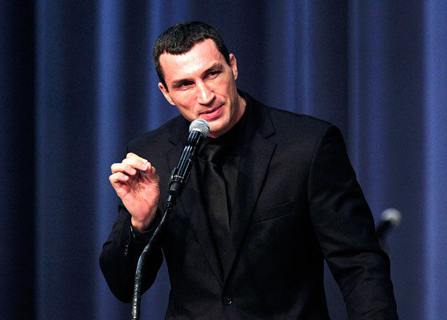 Wladimir Klitschko, the reigning world heavyweight champion and a longtime Steward pupil, speaks at Tuesday's service.