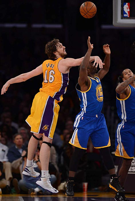 The Lakers' Paul Gasol face-gaurds the Warriors' Charles Jenkins during the Lakers' win over Golden State.