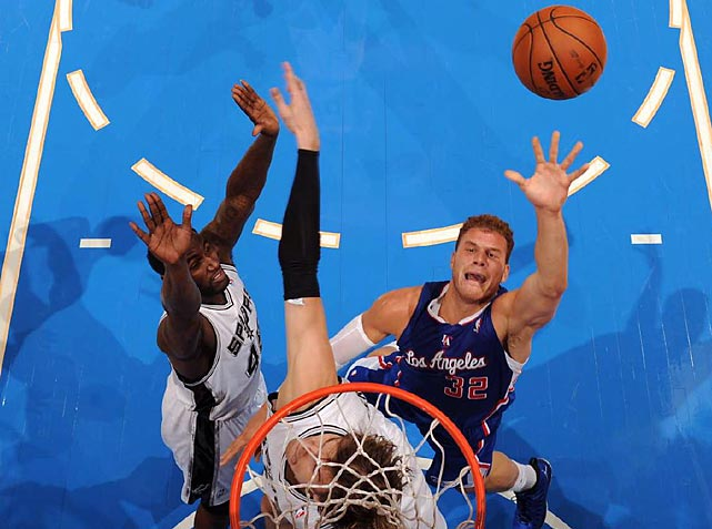 Blake Griffin puts up a shot between the Spurs' DeJuan Blair and Thiago Splitter during L.A.'s 106-84 win over San Antonio.