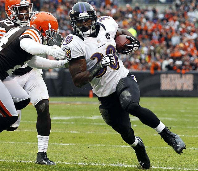 The Raiders don't usually give up an inordinate amount of yards on the ground, but Doug Martin shredded them last week for four scores. This week, the unit will face the man to whom Martin is most often compared: Ray Rice. The Ravens have been running the ball to help their battered defense, which is affording Rice's backup more carries. Pierce, who set a career high with seven rushes and his first touchdown last week against Cleveland, will get another opportunity to produce.