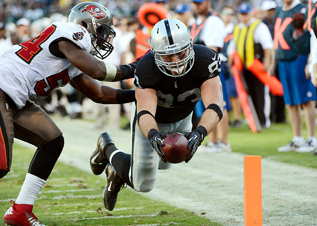 Myers, perhaps the most underrated tight end in the league, is looking to follow up his two-touchdown breakout game with another strong showing. Once murderous against tight ends, the Ravens have allowed big fantasy games to Brent Celek, Jason Witten and Owen Daniels, all of whom caught at least six balls for 50yards. With the Raiders' backfield in flux, Myers may be the team's best bet to move the chains down the field. Expect a busy day.