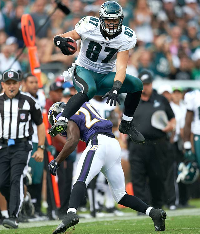 One common thread for most newbie starting quarterbacks is the dependence on tight ends. That bodes well for Celek, who will be playing with first-time starting quarterback Nick Foles and against a Redskins defense that has given up the third-most catches, yards and touchdowns to tight ends this season.
