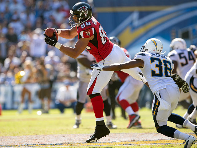 The ageless tight end is putting up some of the best numbers of his 16-year career for the still perfect (8-0), Super Bowl-contender Falcons. Despite common belief that the 12-time Pro Bowler's fourth year in Atlanta will be his last, he remains one of quarterback Matt Ryan's favorite targets and is near the pace to surpass his 102-reception 2004 season with the Kansas City Chiefs.