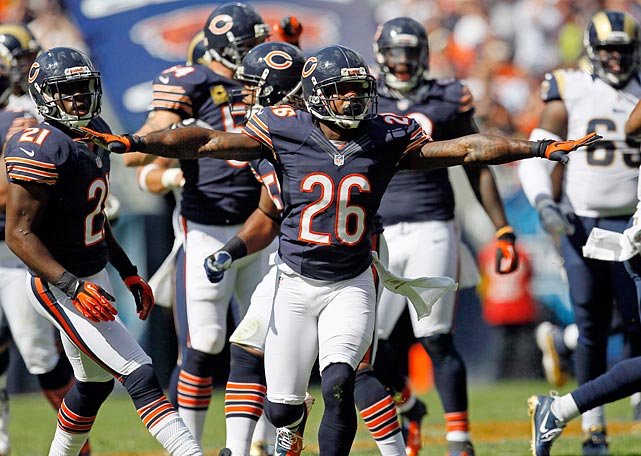 They're flashy but inconsistent on offense, but a pure terror on defense. Austin Murphy explores the turnover-hungry Chicago Bears and how this team could set defensive records... if they don't fall into one of their all-too-familiar funks.