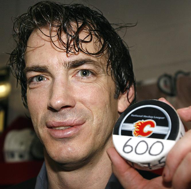 NHL seasons: 17 (1988-current)Teams: Nordiques/Avalanche