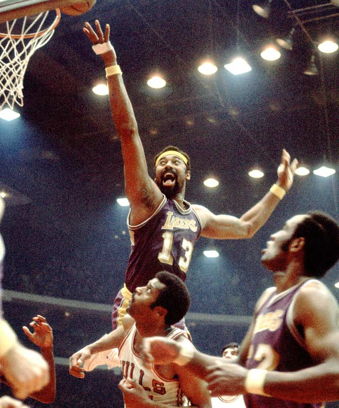 The Lakers' 33 consecutive wins in from Nov. 5, 1971 to Jan. 9, 1972.