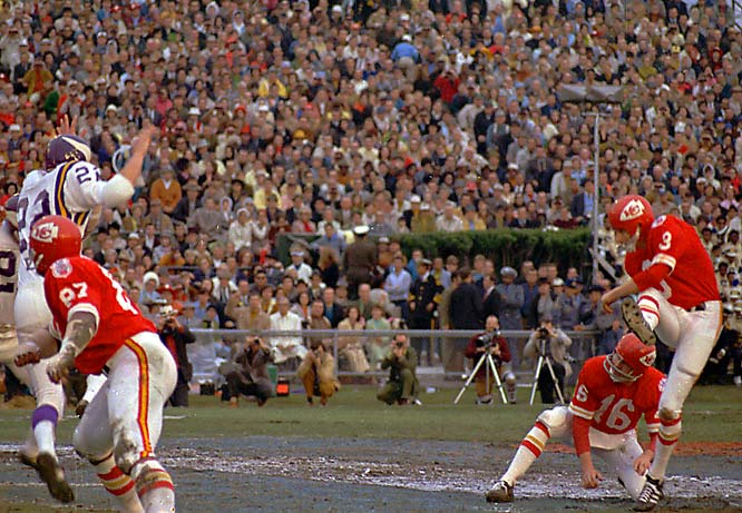 The Chiefs defense limited Minnesota to 67 rushing yards and forced five turnovers as Len Dawson completed 17 of 22 passes for one touchdown, and Jan Stenerud (right) nailed three field goals.