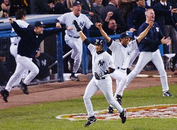 Thanks to Aaron Boone's 11th inning home run,  the Yankees capture their 39th American League pennant beating the Red Sox, 6-5. The defensive replacement becomes the fifth player to end a post-season series with a homer.