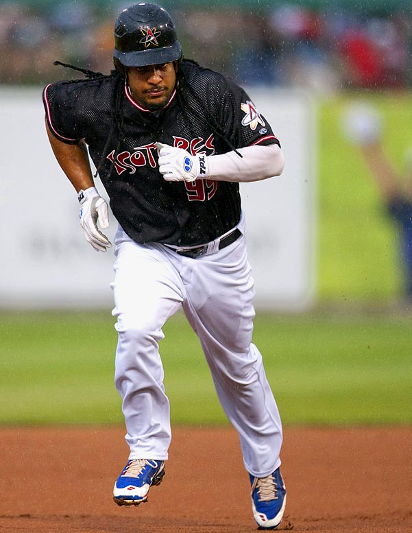 Manny played in five games for the Albuquerque Isotopes and Inland Empire 66ers in a minor league rehab assignment at the end of his suspension. He went 3 for 10 with a home run, two runs and two walks.