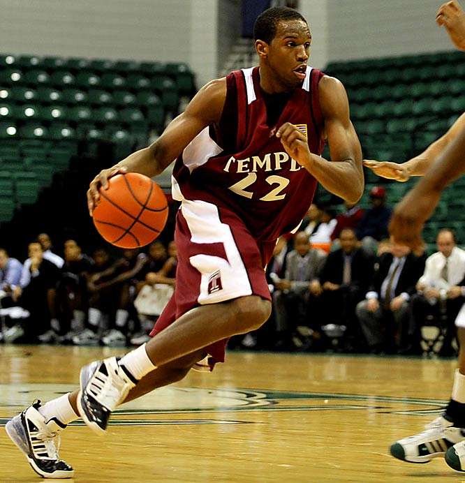 With conferences like the Big East and ACC gobbling up tournament bids, the A-10 might be limited to one or two berths. With that in mind, this matchup between two of the league's top three teams is critical. Led by Dionte Christmas (pictured), Temple will try to build on its seven-game winning streak against the Flyers, who lost a tough contest with St. Louis last week.
