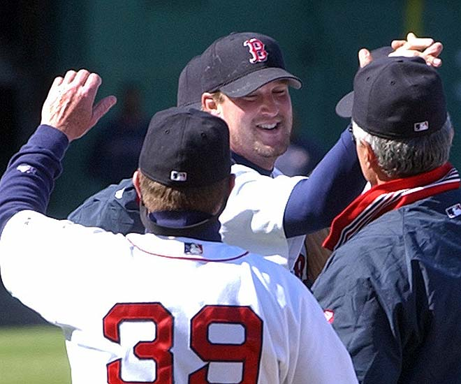 Derek Lowe becomes the first pitcher to throw a no-hit game at Boston's Fenway Park since Dave Morehead accomplished the feat against the Indians in September of 1965. Facing 28 batters, the former closer of the team throws only 97 pitches in the 10-0 rout of the Devil Rays.