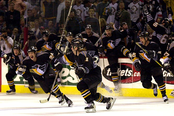"""Mario Lemieux's goal with 1 minute, 18 seconds left in Game 6 forced a decisive showdown against Dominik Hasek and the Sabres in Buffalo. """"It's the most exciting thing in hockey,"""" Hasek said. """"We only have to win the game."""" Alas, Penguins blueliner Darius Kasparaitis prevented that by beating Hasek in OT for his first career playoff goal."""