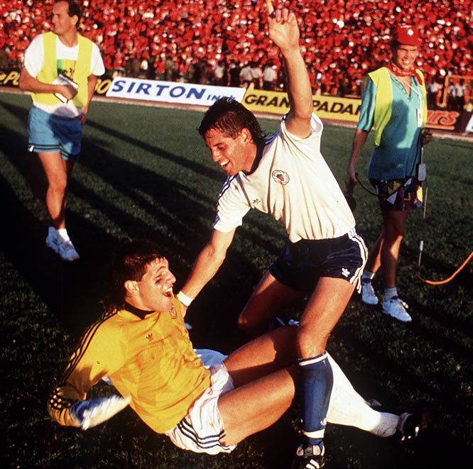 Paul Caligiuri's ''Shot Head 'Round the World'' still ranks as the most important goal ever scored by an American in any competition. To keep its slim odds of reaching its first World Cup in 40 years alive, the U.S. needed a win in its final qualifier in front of 40,000 fans in Port of Spain, Trinidad. Caligiuri delivered, looping a historic 35-yarder into the net for a 1-0 win and a spot at Italy 1990.