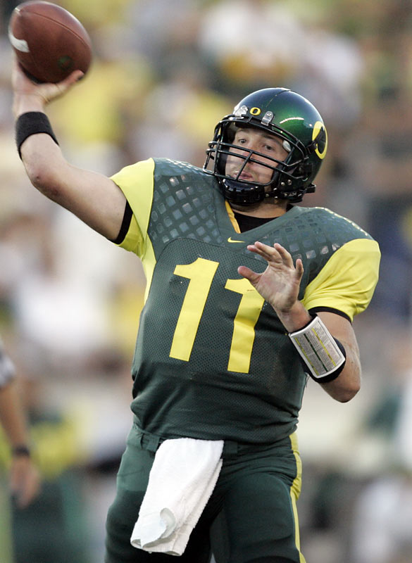 A slightly different shoulder design suited Kellen Clemens in 2005.