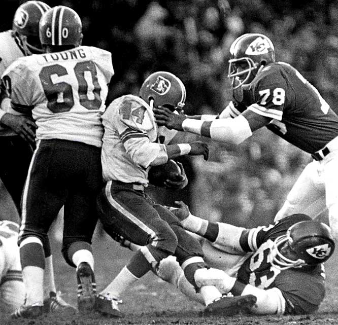 Starting life in the AFL, the Broncos started losing and continued their woeful ways for 13 consecutive seasons that included their admission to the NFL in 1970. Pictured is Floyd Little (1967-75 Broncos).