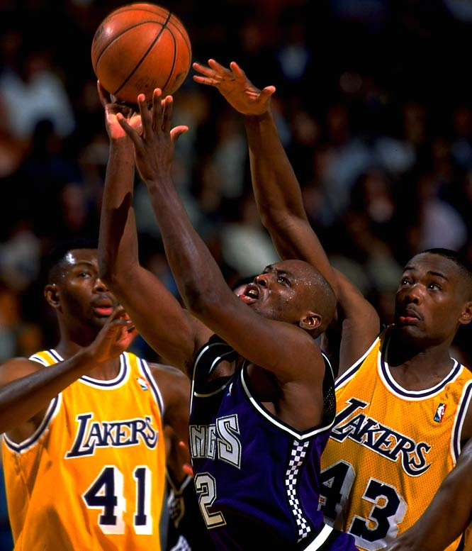 The Kings own the NBA's dubious mark of 15 straight losing seasons, but it at least includes a consolation prize of three playoff appearances. Then again, all three were first-round losses.Pictured is Mitch Richmond (1991-98 Kings).