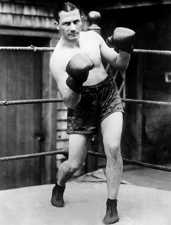 """Known as the """"Ghetto Wizard,"""" Leonard was a brilliant boxer-puncher and one of history's craftiest fighters. He held the lightweight crown from 1917 until he retired in 1925. An ill-advised comeback six years later ended with a KO loss in 1932."""