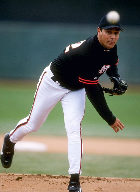 On a trip with the Cuban national team in 1995, Fernandez slipped out of his motel in Millington, Tenn., and hopped in a van to Miami. Fernandez signed a three-year, $3.2 million deal with the Giants, but he never lived up to expectations. In four seasons with the Giants and Reds, he went 19-26 with a 4.93 ERA.