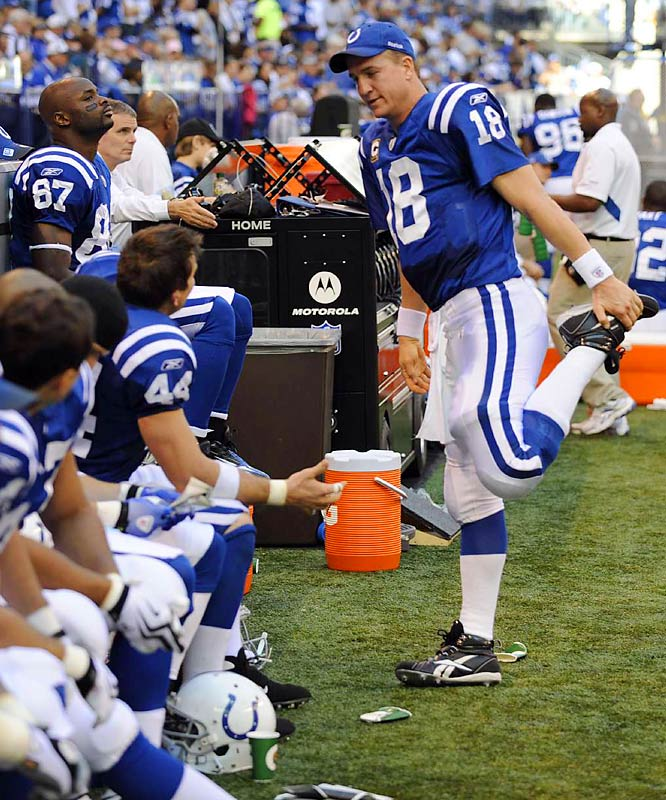 Manning limbered up enough to complete 14 passes to tight end Dallas Clark (44), who finished one catch shy of tying Kellen Winslow and Jason Witten for the NFL record at the position.