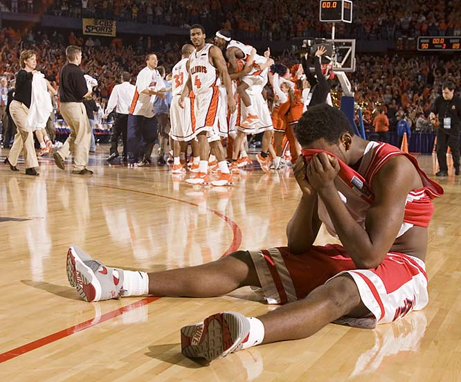 """""""The dejected Arizona player wound up right in front of us [after an NCAA tournament game], with the victorious Illinois players lined up behind him from where I was sitting. It all happened in just seconds, so I had to act quickly to capture the feeling of the moment."""""""