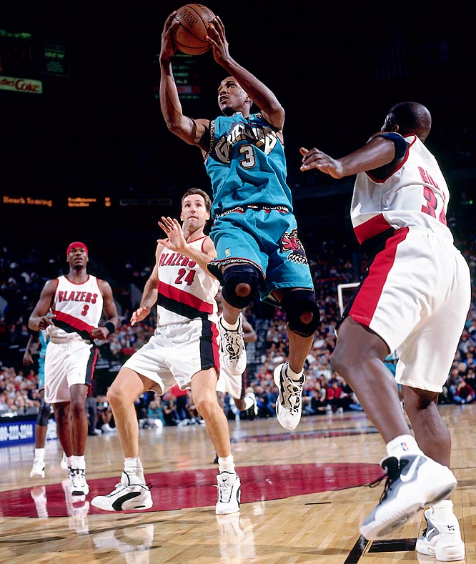 It's difficult to criticize a team one year removed from expansion status, but after scratching out 15 wins with the like of Blue Edwards and Chris King, the then-Vancouver Grizzlies fell a game short of that mark the following season with rookie Shareef Abdur-Rahim leading the way. Things wouldn't get much better for Abdur-Rahim, who made a single playoff appearance in 12 NBA seasons.