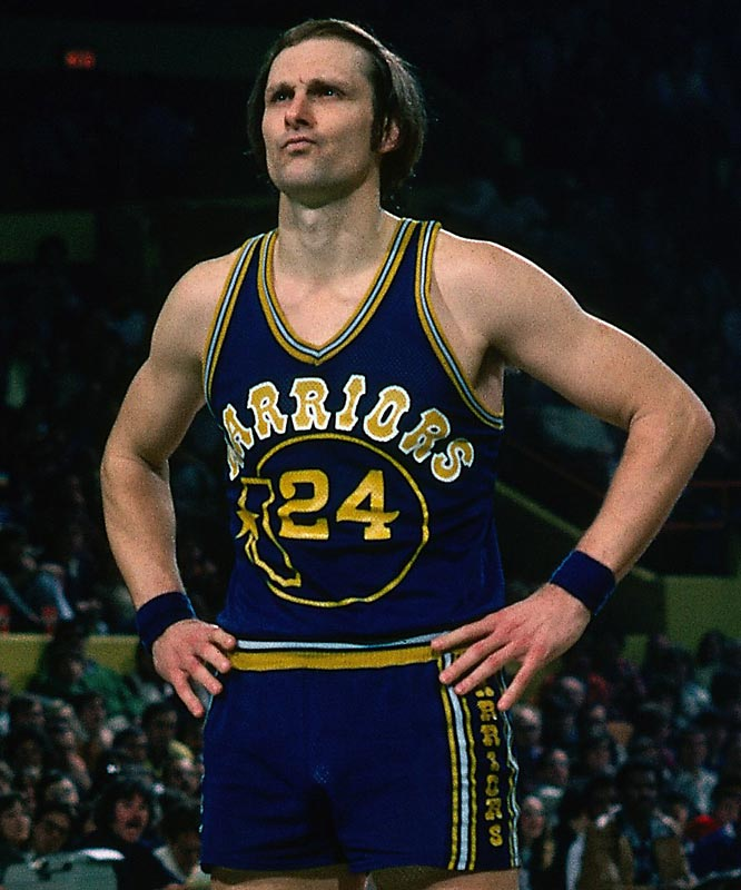 San Francisco's Rick Barry scores in 57 points in the Warriors' 141-137 setback against New York at Madison Square Garden. Barry's 57 points were the second-highest total ever scored by a rookie in an NBA game (Wilt Chamberlain twice scored 58 for Philadelphia in 1960).