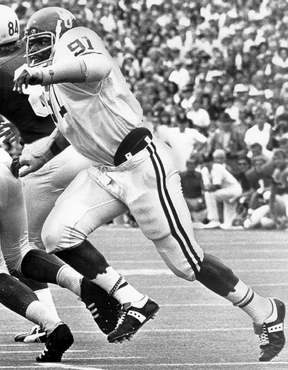 Defensive linemen Lee Roy and Dewey Selmon (pictured) joined older brother Lucious at Oklahoma and helped create a juggernaut. The Sooners won national titles in 1974 and 1975.