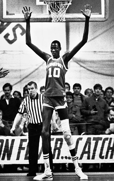 After a battling a life-threatening kidney, Manute Bol passed away on Saturday at the age of 47. SI looks back at some photos of the Sudanese hero. After arriving in America, Bol briefly attended Cleveland State before transferring to the University of Bridgeport. During his one season with the Division II Purple Knights, Bol averaged 22.5 points, 13.5 rebounds and 7.5 blocked shots per game.