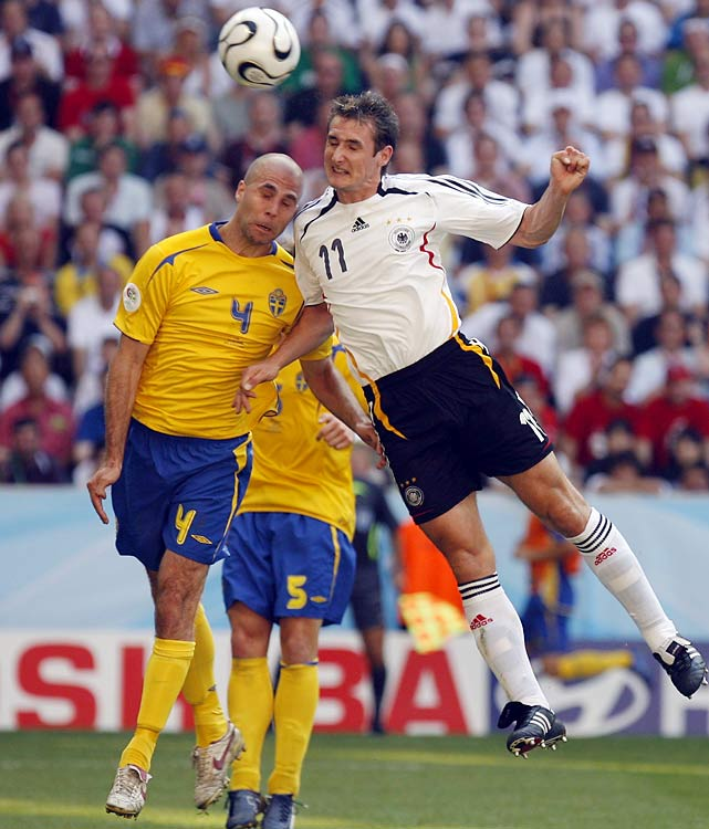 Klose followed up his five goals in the '02 World Cup with five more in the 2006 World Cup.