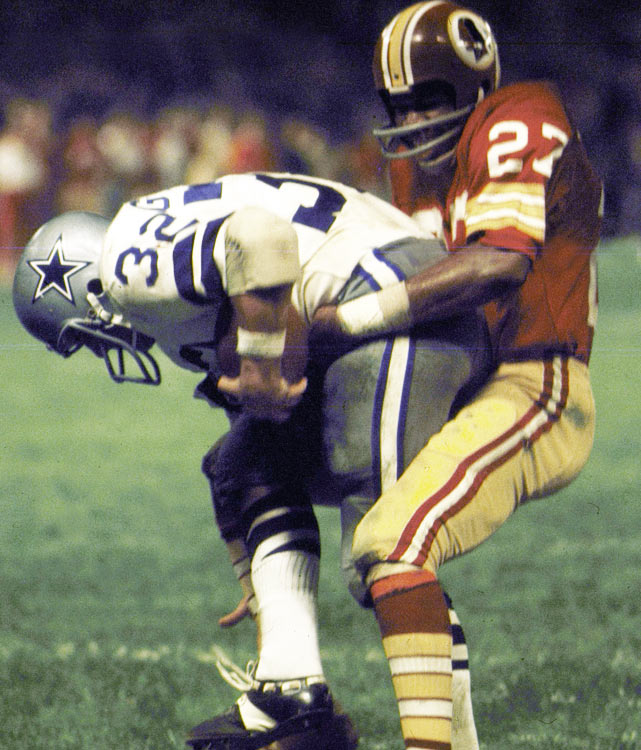 The Redskins headed toward their first Super Bowl by defeating the rival Dallas Cowboys 26-3. Billy Kilmer threw two touchdown passes to Charley Taylor to lead the way.