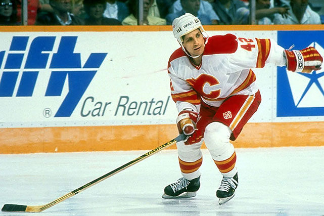 He made 42 his own after the 24 he wore with the Red Army was unavailable when he joined the Flames in 1989. He won the Calder Trophy that season, as a 32-year-old NHL rookie.