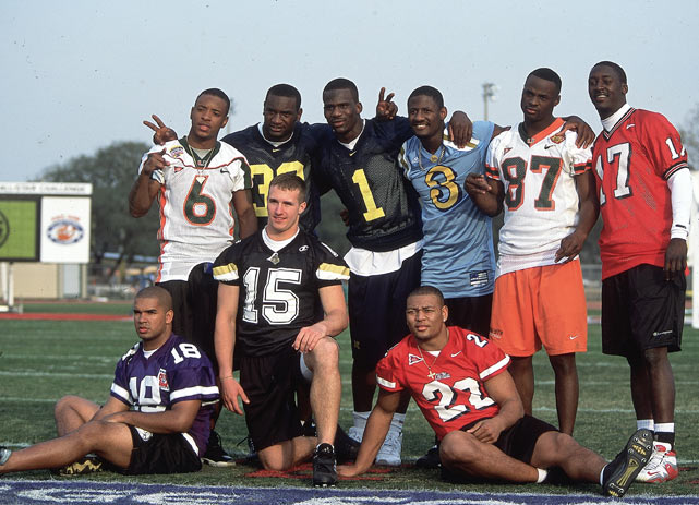 Brees kneels among the players who participated in the NFL Skills & Drills competition during the 2001 Super Bowl Weekend.  Other notable participants included Santana Moss (No. 6), Reggie Wayne (No. 87) and Deuce McAllister (No. 22).