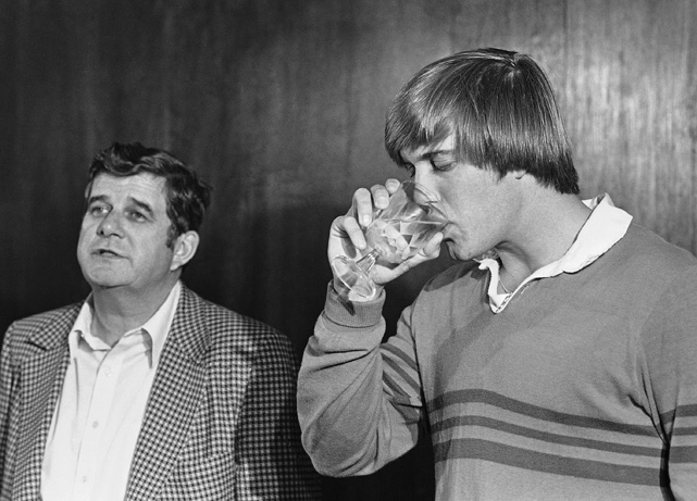 Elway, seen here with his father, Jack, makes an announcement that he will sign to play baseball with the Yankees rather than play for the Baltimore Colts, who took the QB with the first pick in the draft. Elway leveraged a trade to Denver, where he had a Hall of Fame career. He led the Broncos to two Super Bowl titles and threw 300 touchdown passes in his career.