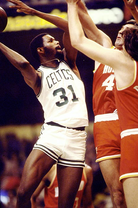 Often overlooked because of the quality of his teammates, Maxwell got his due in helping Boston defeat Houston in six games. Maxwell averaged 17.7 points and 9.5 rebounds in the series.