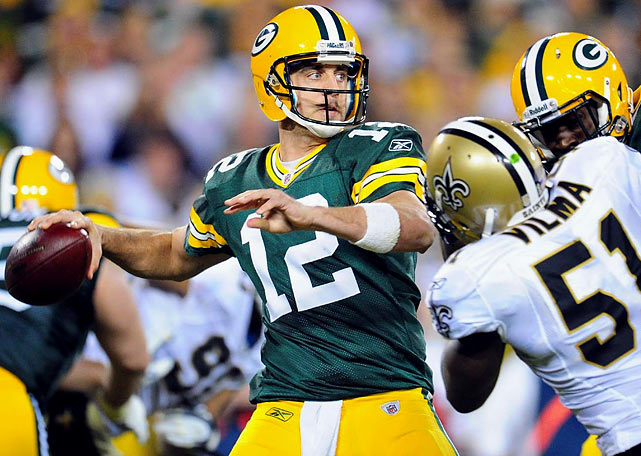 Aaron Rodgers' passer rating has topped 100 through 11 consecutive games this season, breaking the record shared by Tom Brady and Steve Young.  Rodgers has a 127.7 passer rating through 11 games, throwing for 33 TDs with just four interceptions as he leads the Packers to a potentially undefeated season.   Completed 27 of 35 passes (77.1%)  for 312 yards and three TDs.