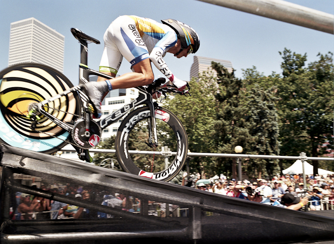 The race finished with a 9.5-mile time trial through Denver, Colorado. Christian Vande Velde was able to leap ahead of Levi Leipheimer in the final stage to secure the overall title.