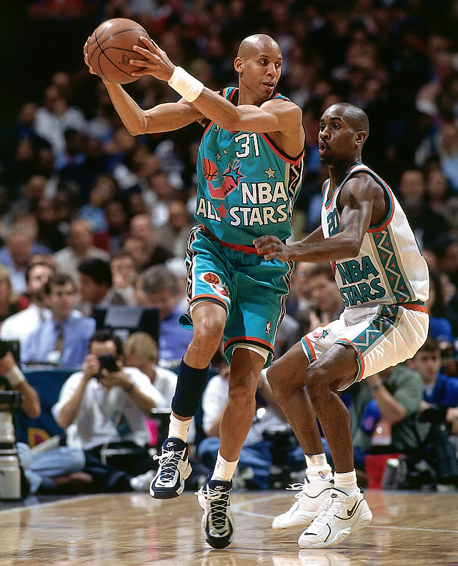 """For some reason, people really liked the color teal in the 1990s. That's why Reggie Miller and """"The Glove"""" Gary Payton had to dress like this."""