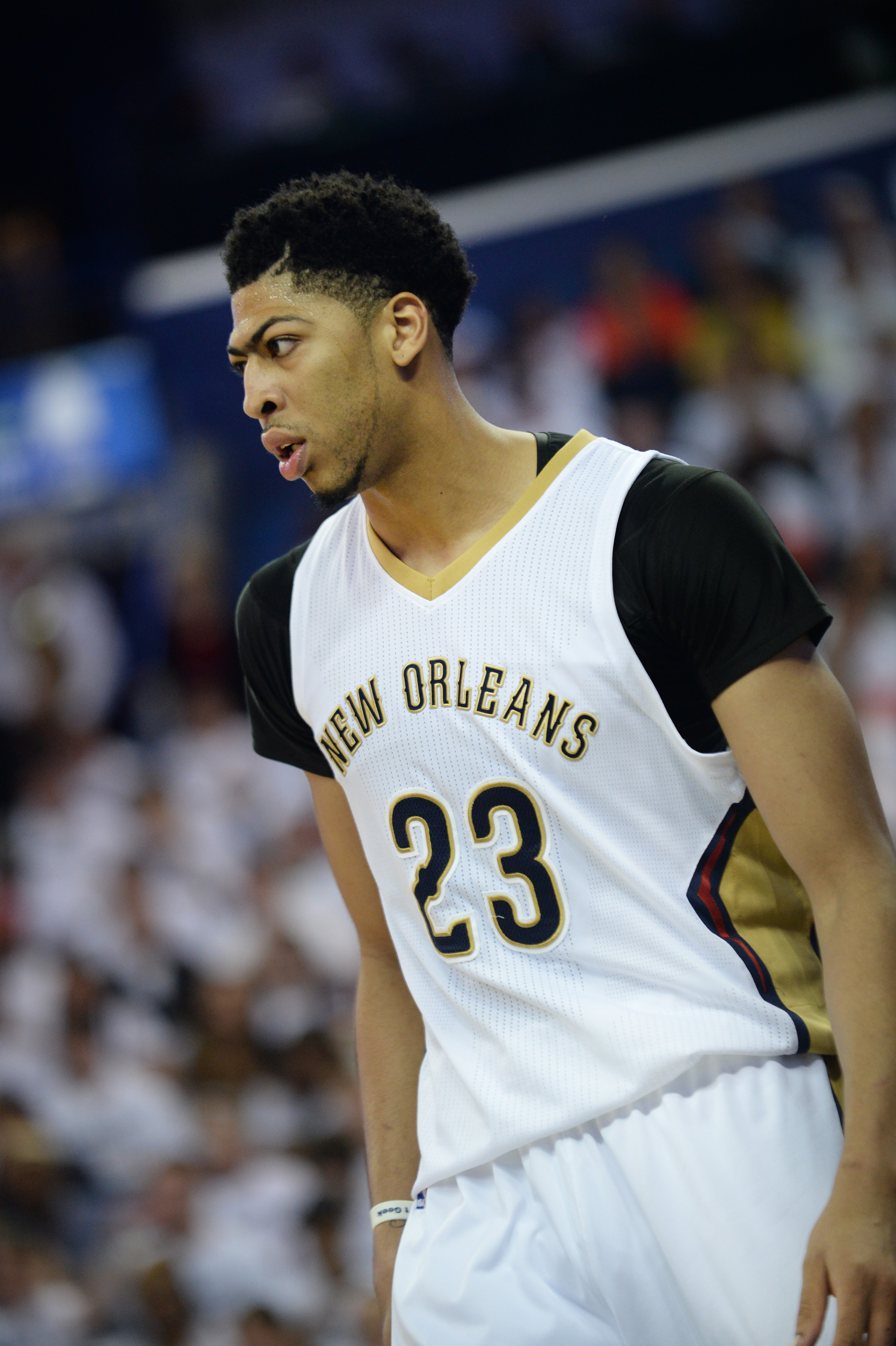 NEW ORLEANS, LA - APRIL 25: Anthony Davis #23 of the New Orleans Pelicans during Game Four of the Western Conference Quarterfinals against the Golden State Warriors during the NBA Playoffs at Smoothie King Center on April 25, 2015 in New Orleans, Louisian