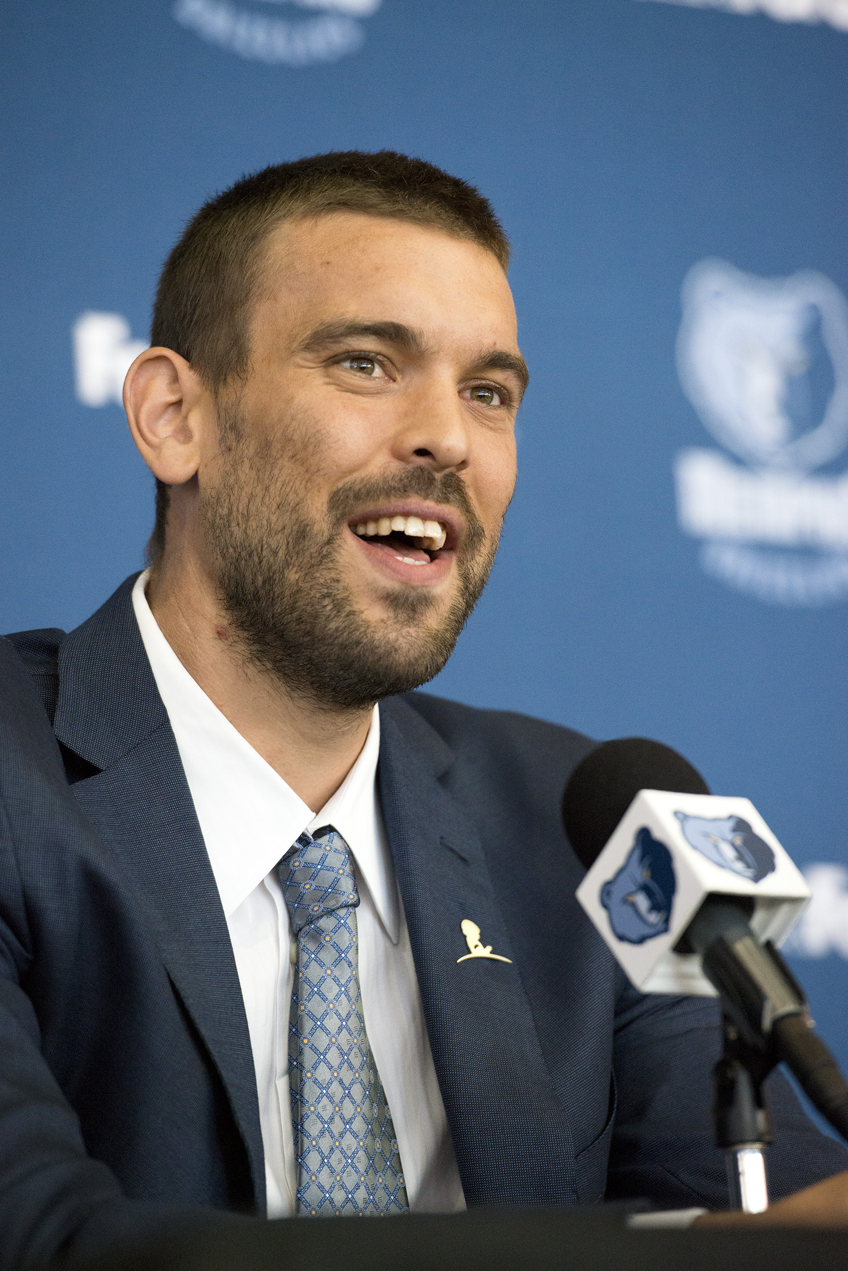 MEMPHIS, TN - JULY 14:  Marc Gasol #33 of the Memphis Grizzlies addresses the media during a press conference on July 14, 2015 at FedExForum in Memphis, Tennessee.  (Photo by Brandon Dill/NBAE via Getty Images)