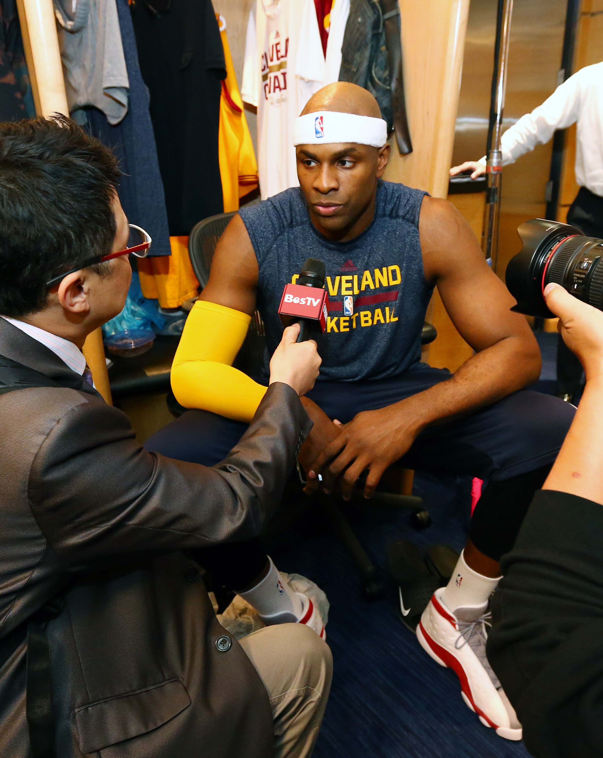 CLEVELAND, OH - JUNE 11:  Brendan Haywood #33 of the Cleveland Cavaliers addresses the media in the locker room prior to Game Four of the 2015 NBA Finals at The Quicken Loans Arena on June 11, 2015 in Cleveland, Ohio. (Photo by Nathaniel S. Butler/NBAE vi