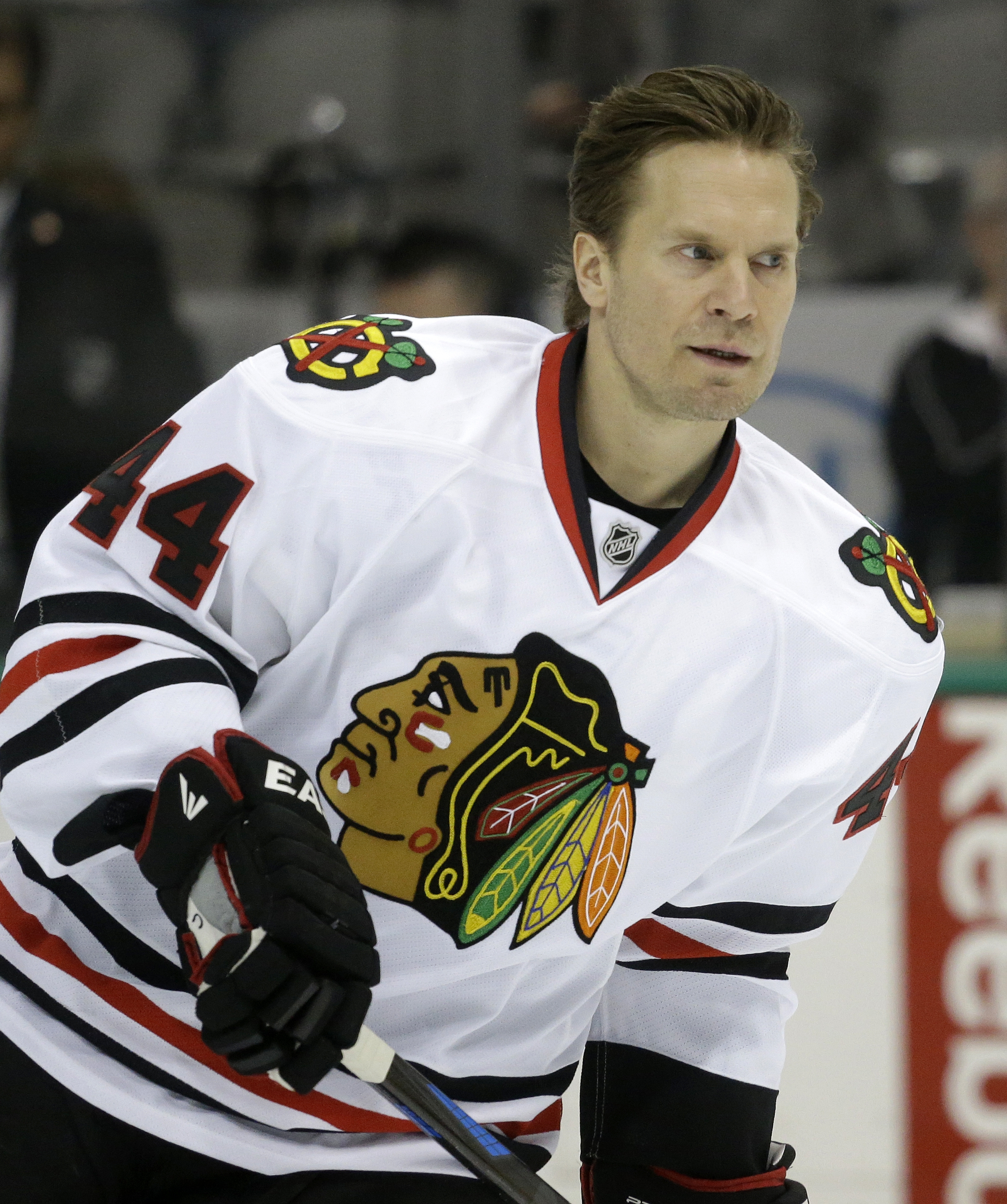 Chicago Blackhawks defenseman Kimmo Timonen (44) skates  the ice during warms ups before an NHL hockey game Saturday, March 21, 2015, in Dallas. (AP Photo/LM Otero)